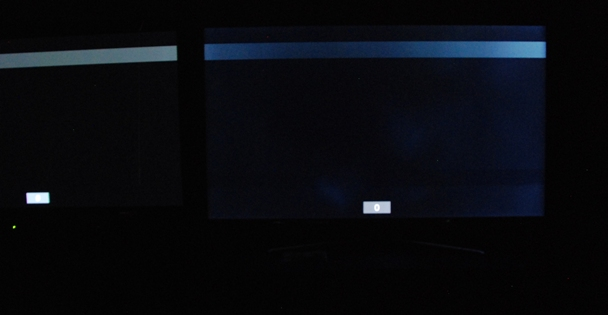 Samsung UE46D8005 backlight clouding