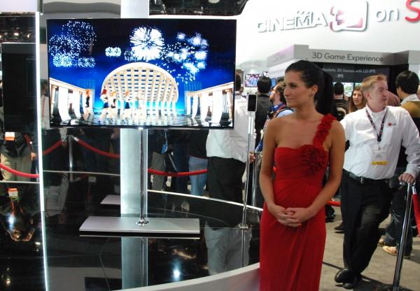 av-blog CES2012 LG OLED