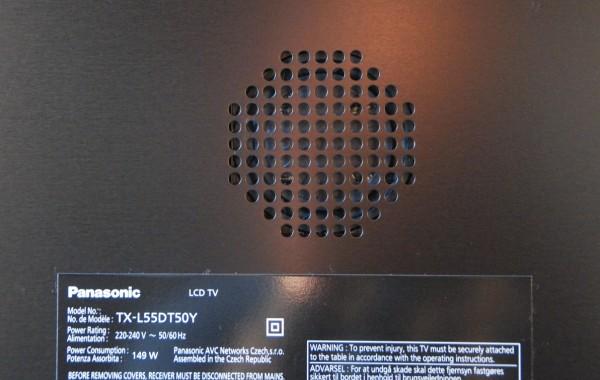 Panasonic TX-L55DT50 woofer til bedre lyd