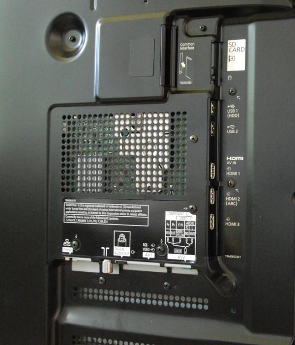 Panasonic TX-P65ST50 tilslutninger